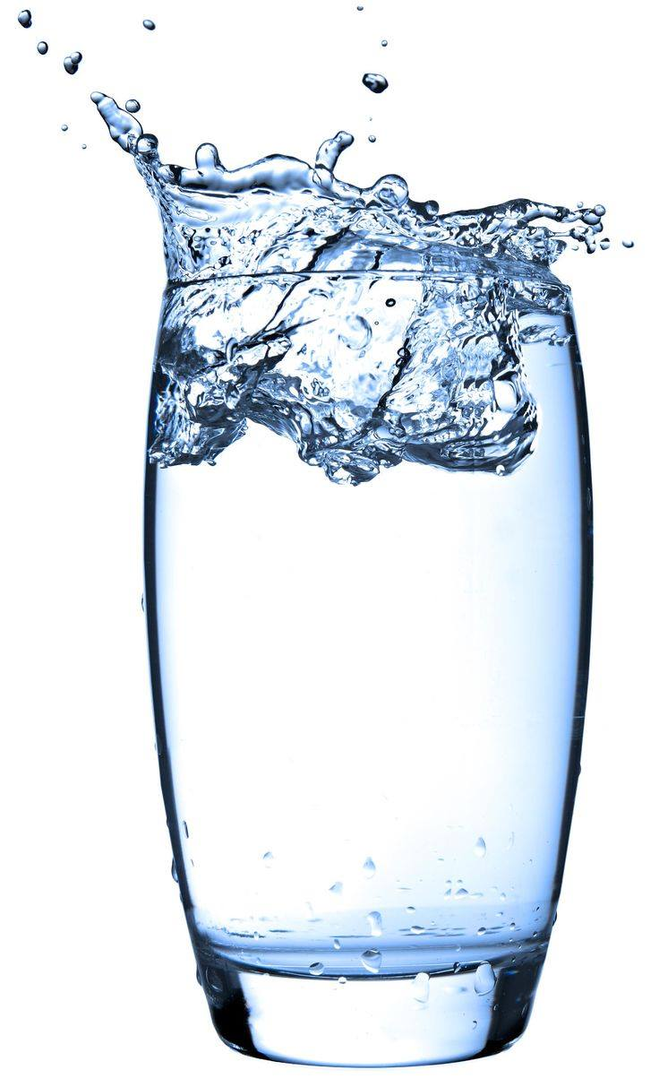 هل تعلمين أهمية الماء لبشرتك؟!
