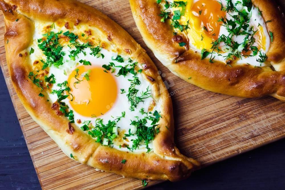 فطيرة البيض لإفطار شهي