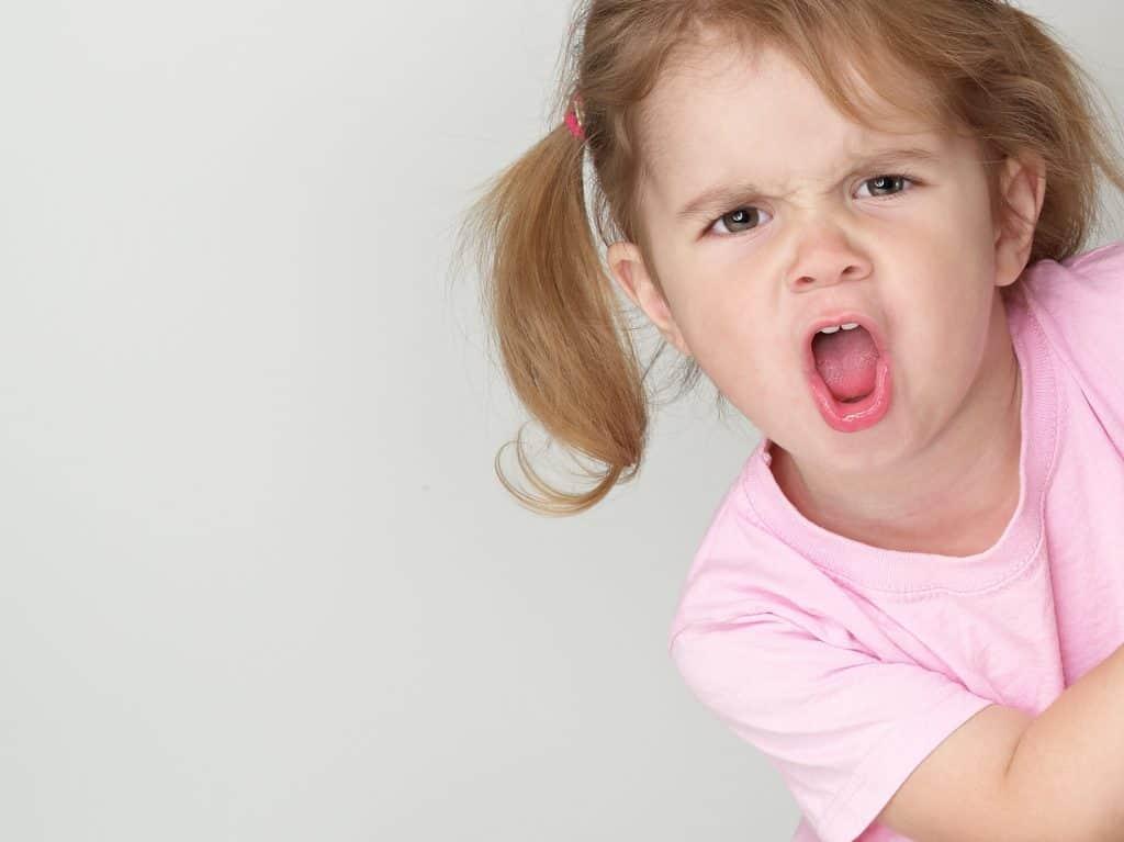 كيف تتعاملين مع طفلك اللذي لا يحترمك؟