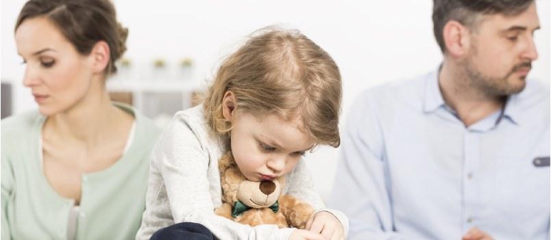 طرق لتخفيف حدة الآثار السلبية للطلاق على الأطفال