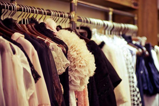 كيفية تنظيم خزانة ملابسك واكسسواراتك