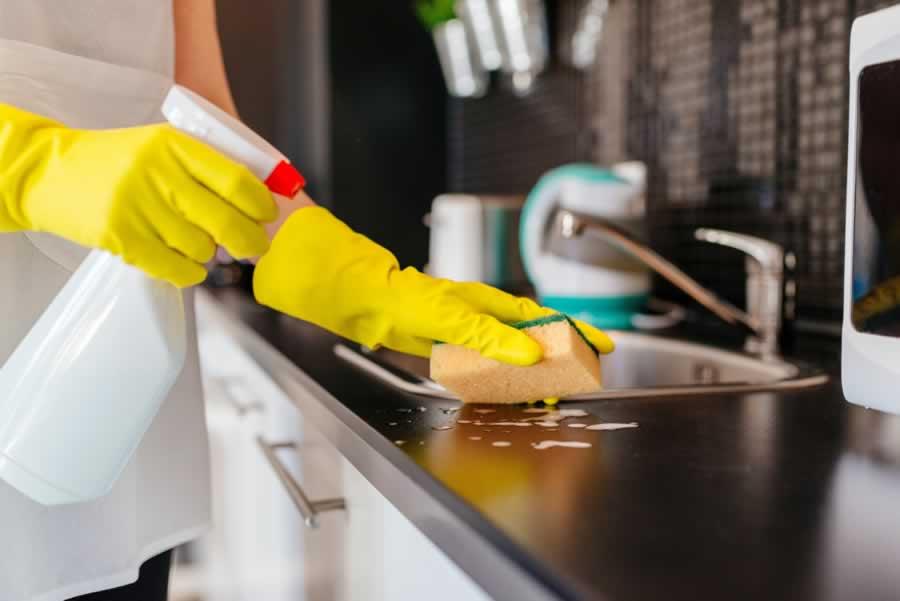 مطبخك لاتهملي نظافته اليوميه