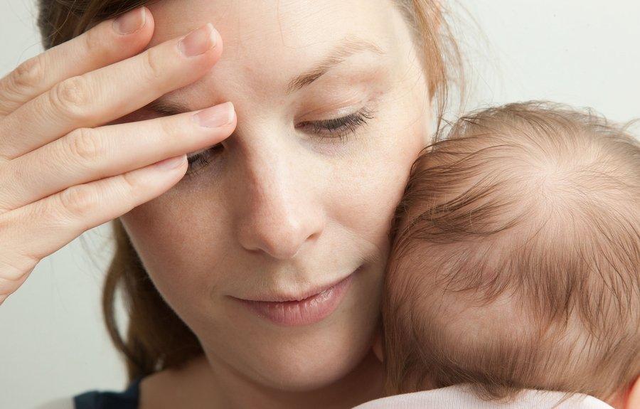 أعراض وعلاج الاضطراب النفسي بعد الولادة