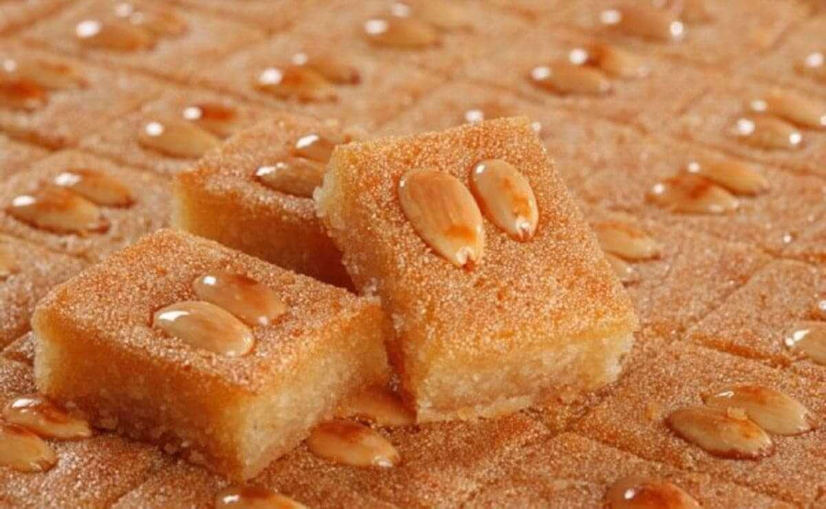 وصفات شهية لتحضير حلويات البسبوسة العربية