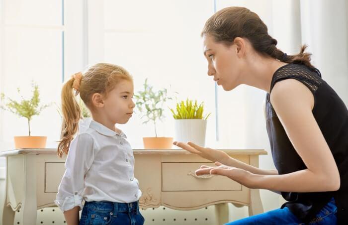 """توقفي عن قول """"لا"""" لطفلك.. واستبدليها بردود أخرى!"""