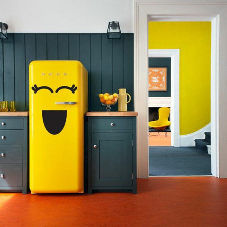 طرق بسيطة لتحويل الثلاجة العادية إلى ديكور مطبخ رائع!