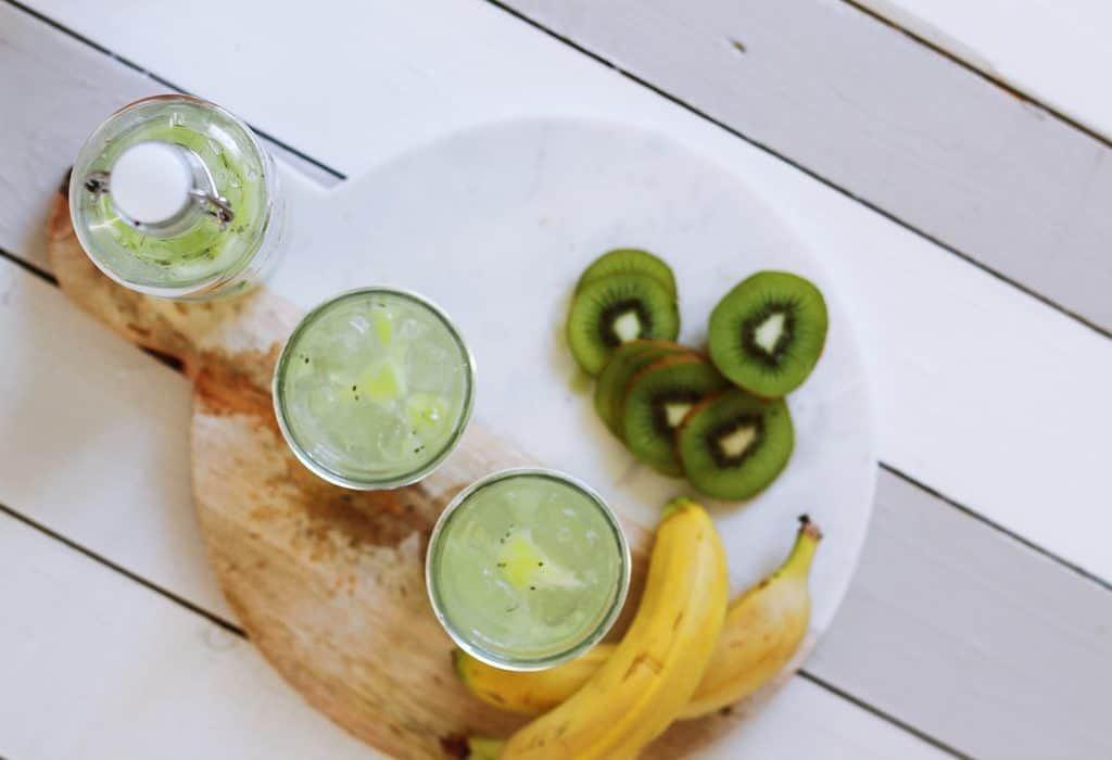 تعانين من الإمساك؟ إليكِ 4 أطعمة لتحسين صحة أمعائك!