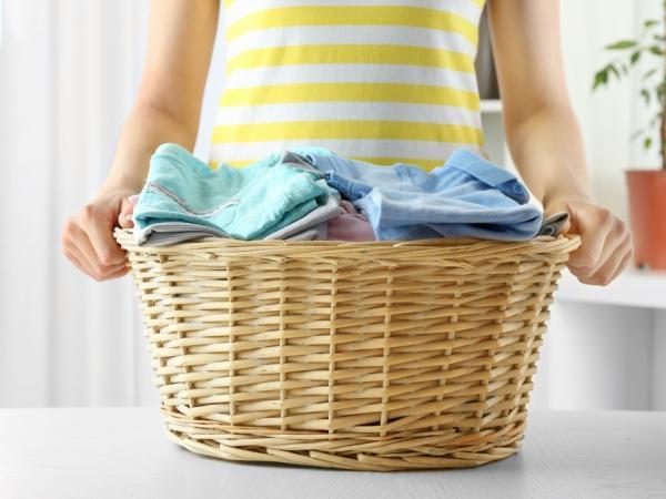 اسهل الطرق لغسل ملابس الدوام.