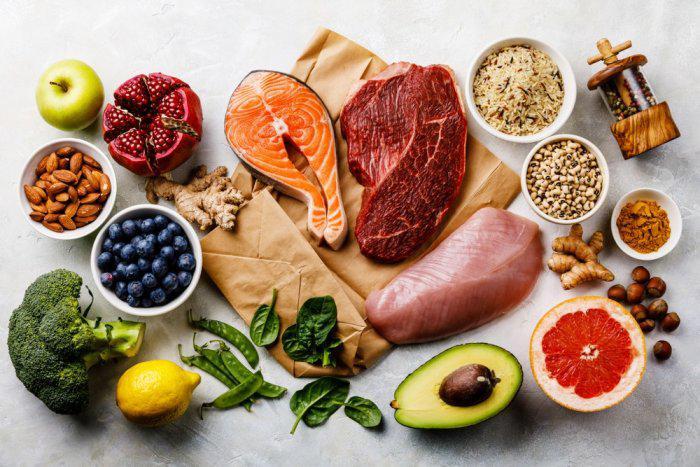 اطعمة تساعد على محاربة السرطان.