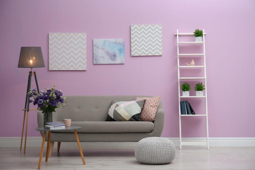 بالصور: جددي منزلكِ باختيار أفضل ألوان الديكورات لعام 2021!