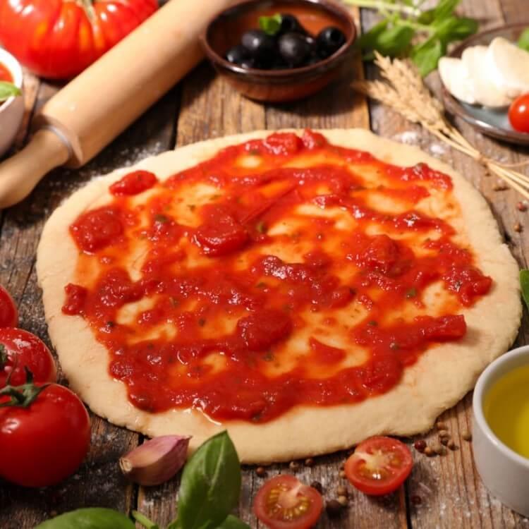 صلصة البيتزا بالطريقة الايطاليه