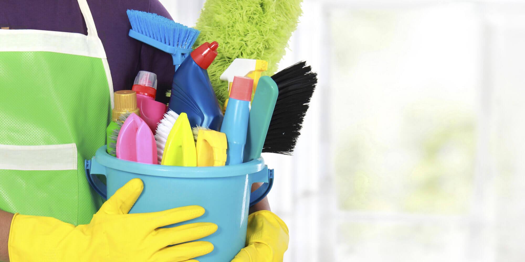أخطاء قد تقعين فيها عند تنظيف منزلك ..