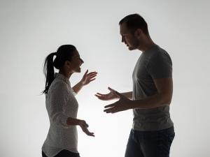 الزوج المسيطر وكيفية التعامل معه