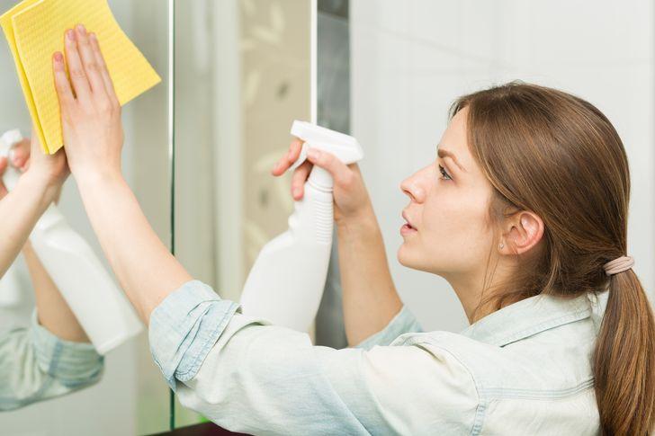 حيل وأفكار رائعة لن تخطر على بالك أثناء تنظيف منزلك!