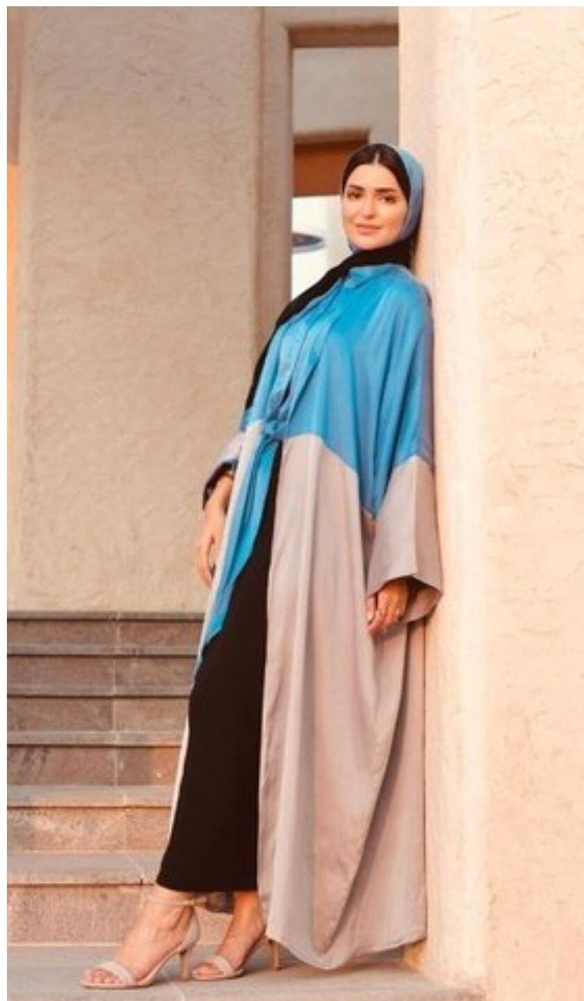 طرق أنيقة لارتداء الكيمونو في رمضان، وأحدث صيحات العبايات