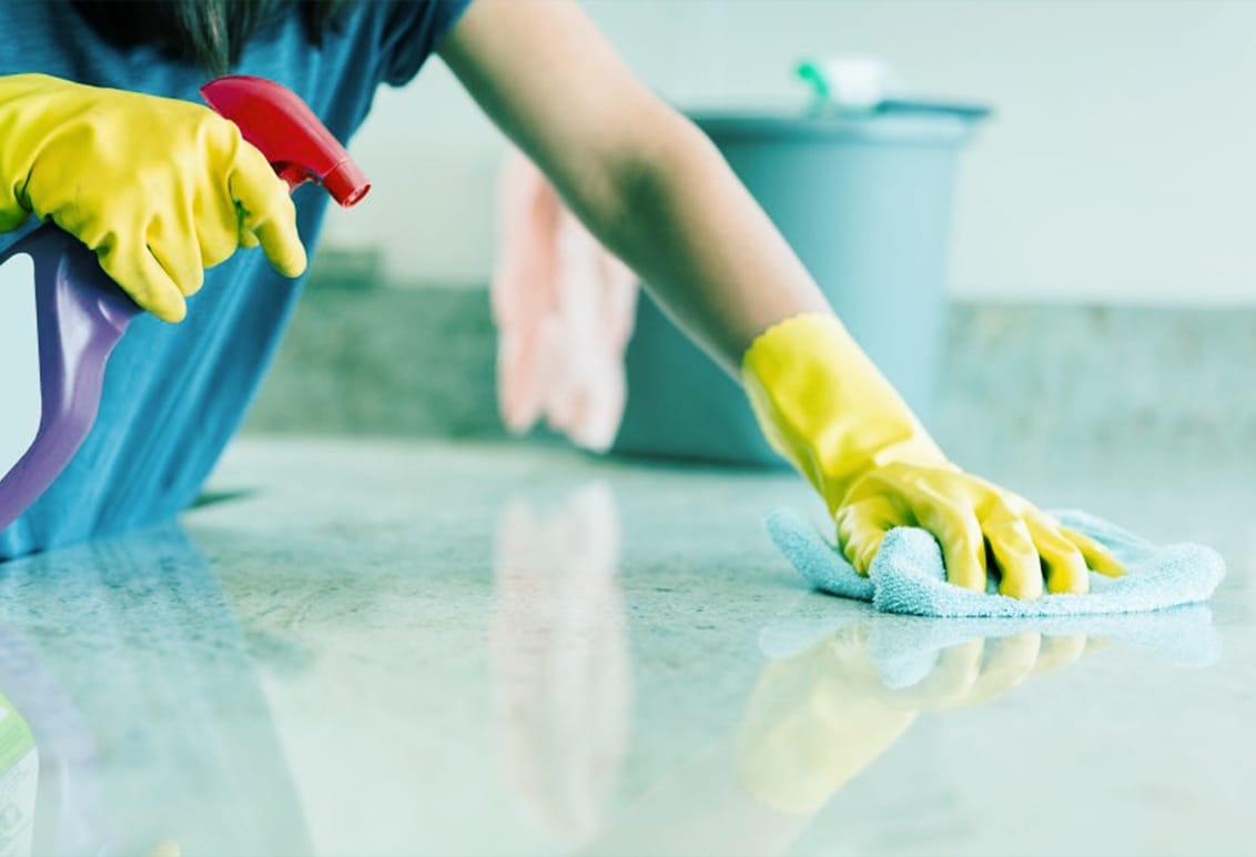 هل سئمتِ من تنظيف المنزل دون جدوى؟ إليكِ الحل