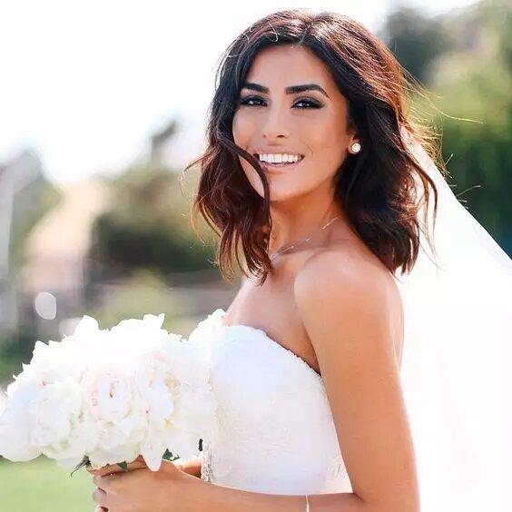 كيف تختار العروس مكياج زفافها؟! إليكِ الدليل النهائي