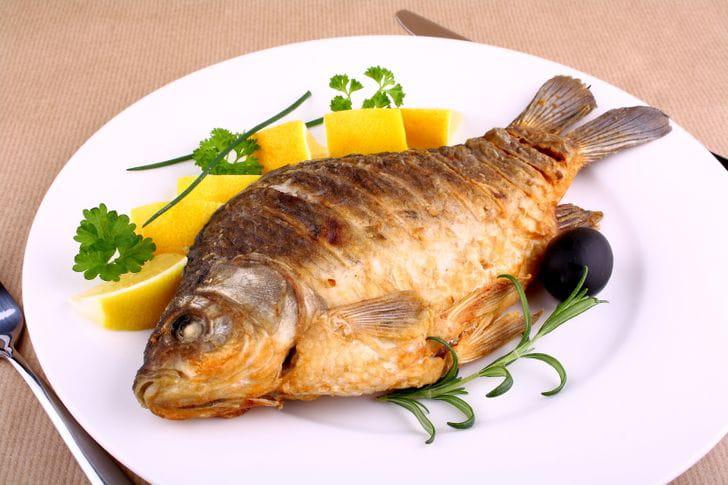 تجنبي هذه الأطعمة لأنها قد تضر بصحة جنينك!