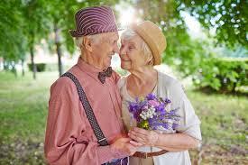 تعرفي على كيفية التنقل بين المراحل الأربعة للعلاقة الزوجية