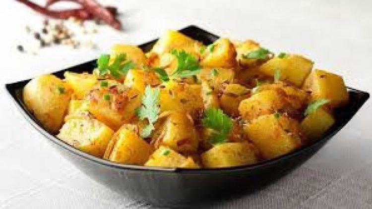 البطاطا الحارة شهية للصغار والكبار بنكهات مختلفة ترضي الاذواق